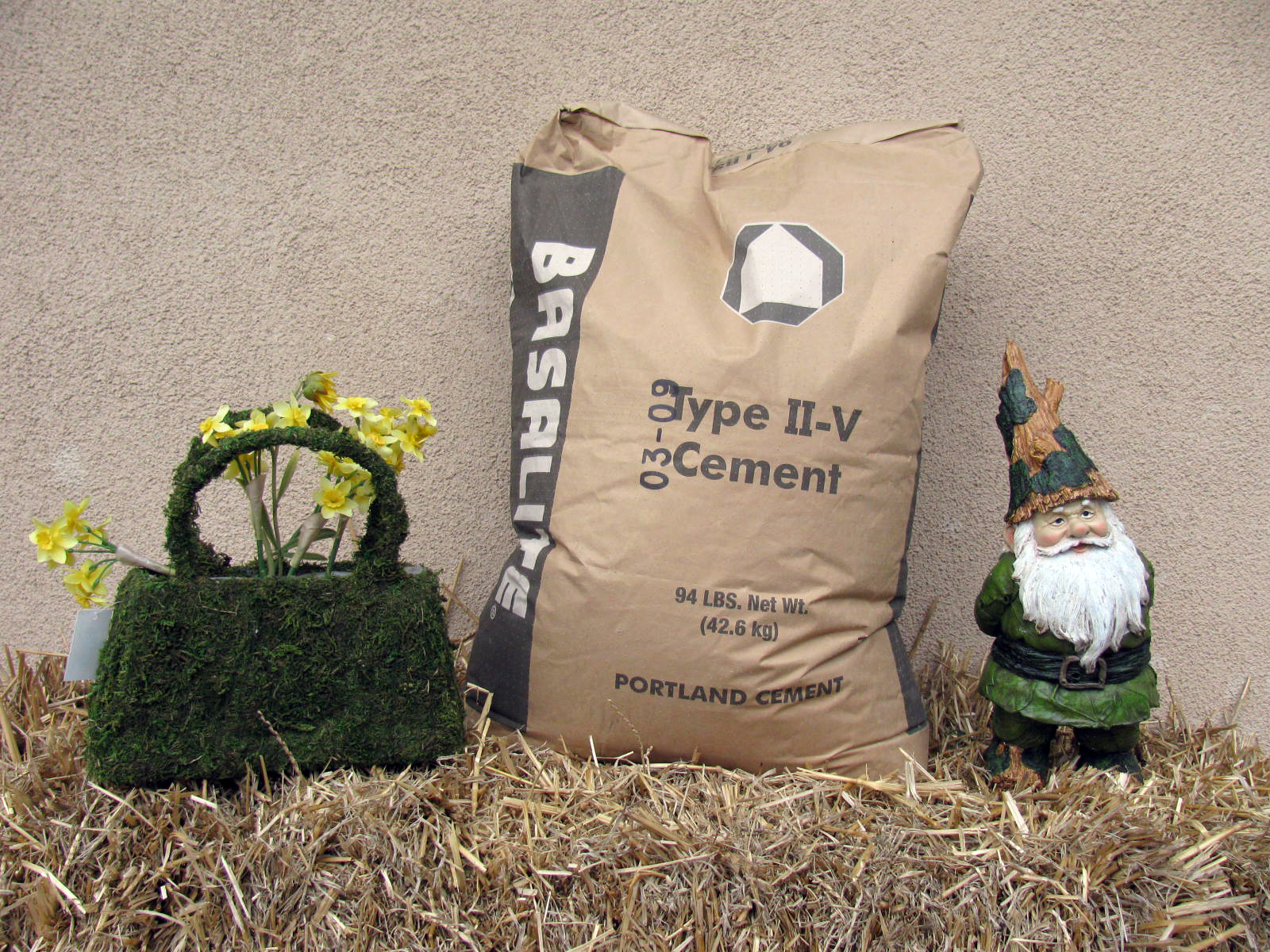 94 Lbs Bag Of Cement : Sacked items and landscape fabric